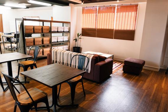 東京都渋谷区にあるコワーキングスペース POINT EDGE ShibuyaBASE(ポイント エッジ 渋谷ベース)