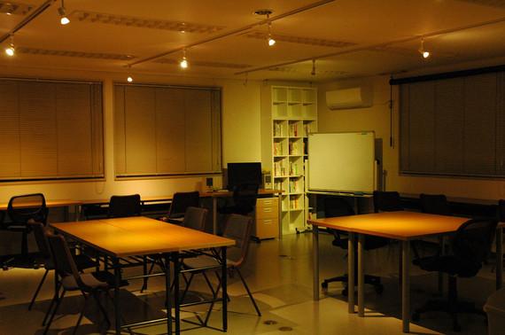 山梨県甲府市にあるInnovative Coworking Space ラボこうふ(イノベイティブ コワーキングスペース)