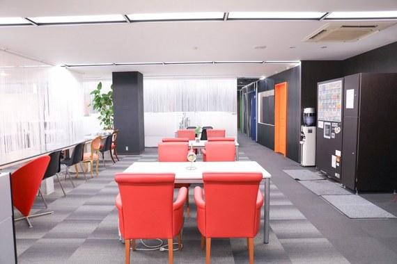愛知県名古屋市中区にあるコワーキングスペース Share ability space Enicia 伏見店(シェアアビリティスペース エニシア)