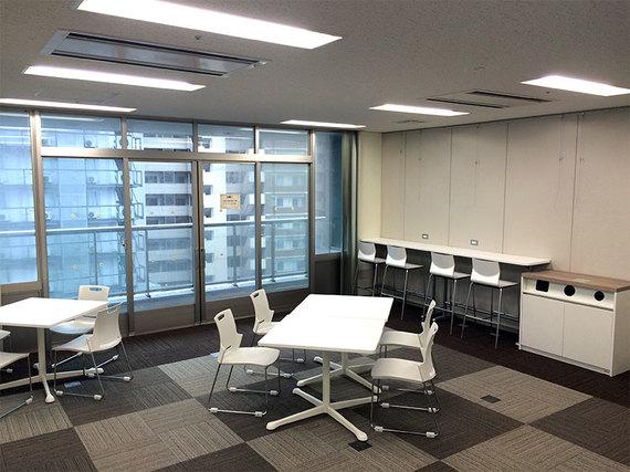 佐賀県佐賀市にあるコワーキングスペース マイクロソフトイノベーションセンター佐賀(MIC佐賀)