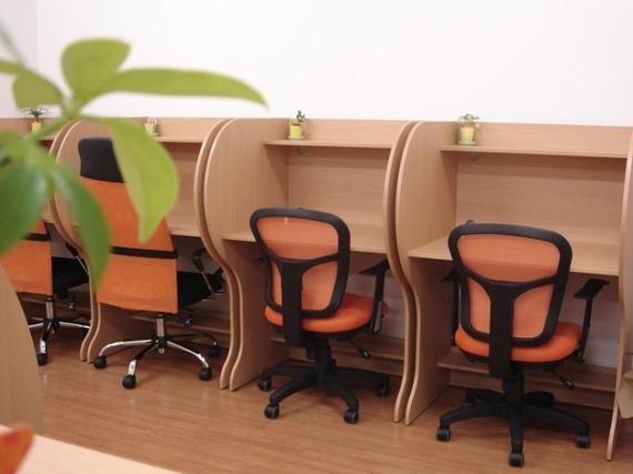 宮崎県宮崎市にあるコワーキングスペース 勉強カフェアライアンス 宮崎