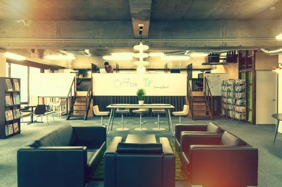 埼玉県さいたま市大宮区にあるコワーキングスペース コワーキングスペース7F