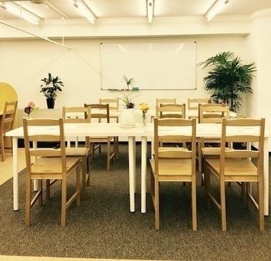 大阪府大阪市中央区にあるコワーキングスペース salon HAJIMARI(サロン ハジマリ)