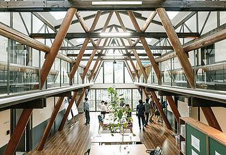 長野県諏訪郡富士見町にあるコワーキングスペース 富士見 森のオフィス