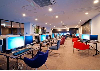 大阪府大阪市北区にあるコワーキングスペース コワーキングスペースデコ茶屋