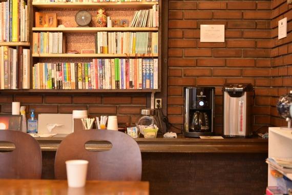 東京都小平市にあるカメラのヤマヤ内 カフェスペース