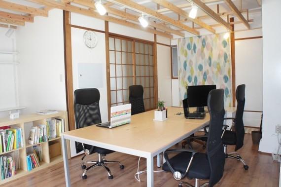 熊本県熊本市中央区にあるコワーキングスペース krokus co-working(クロックス)