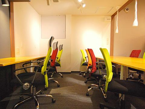 東京都豊島区にあるコワーキングスペース シェアオフィスMCオフィス池袋西口