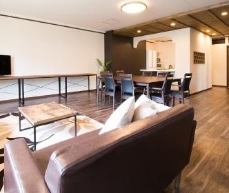 岐阜県岐阜市にあるコワーキングスペース Cafe Joan(カフェ ジョアン)