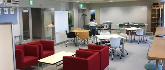 福井県坂井市にあるコワーキングスペース 福井県産業情報センター コワーキングスペース