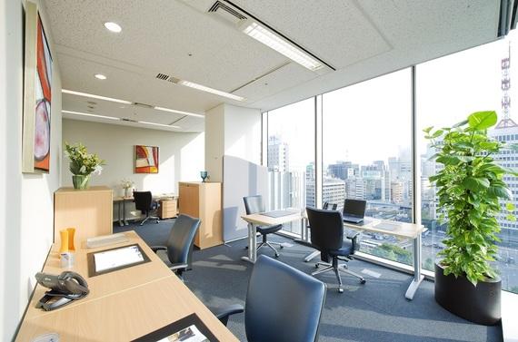 東京都千代田区にあるコワーキングスペース リージャス丸の内パシフィックセンチュリープレイス