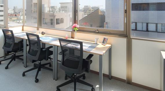 東京都立川市にあるコワーキングスペース リージャス オープンオフィス立川駅南