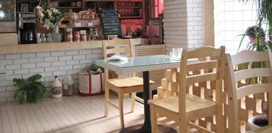 東京都武蔵野市にあるDEVADEVA CAFE(デーヴァデーヴァ・カフェ)
