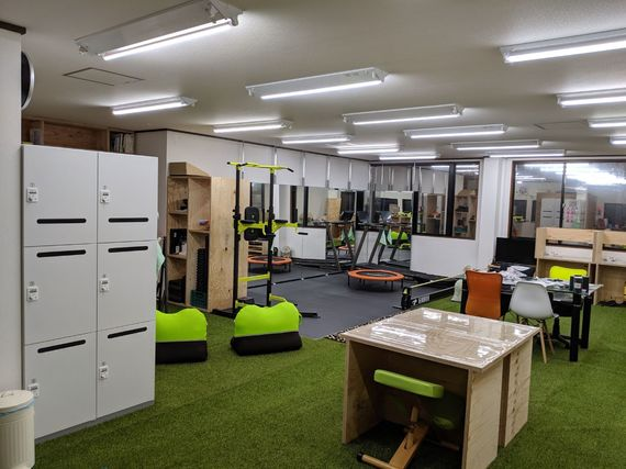 """千葉県印西市にあるコワーキングスペース """"運動できる""""コワーキングスペース「Plus Fit」"""