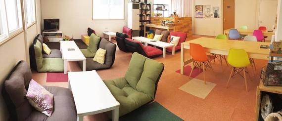 青森県青森市にあるコワーキングスペース Cafe202(カフェ・ニーマルニ)