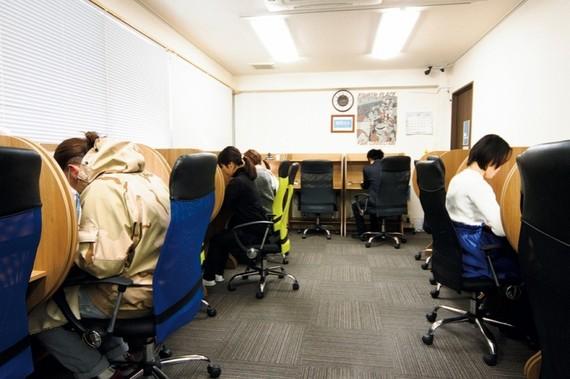 福岡県福岡市博多区にあるコワーキングスペース 勉強カフェ 博多プレース